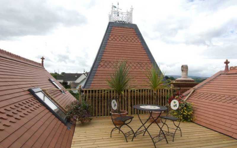 Tiled Roof Garden View